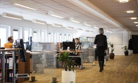 Sécurité au travail : installer une signalétique intérieure