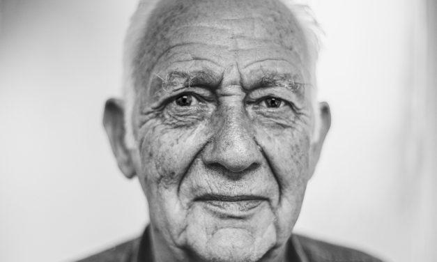 Maison de retraite ou EHPAD : comment choisir