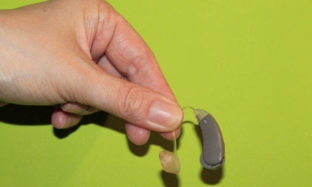 Comment choisir une prothèse auditive (par La Maison de l'Appareil Auditif)