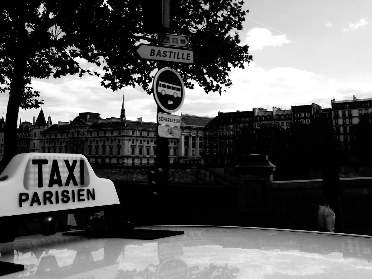 Un taxi conventionné dans la région parisienne