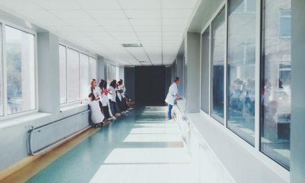 Qualité des soins : l'importance d'une bonne formation des professionnels de santé