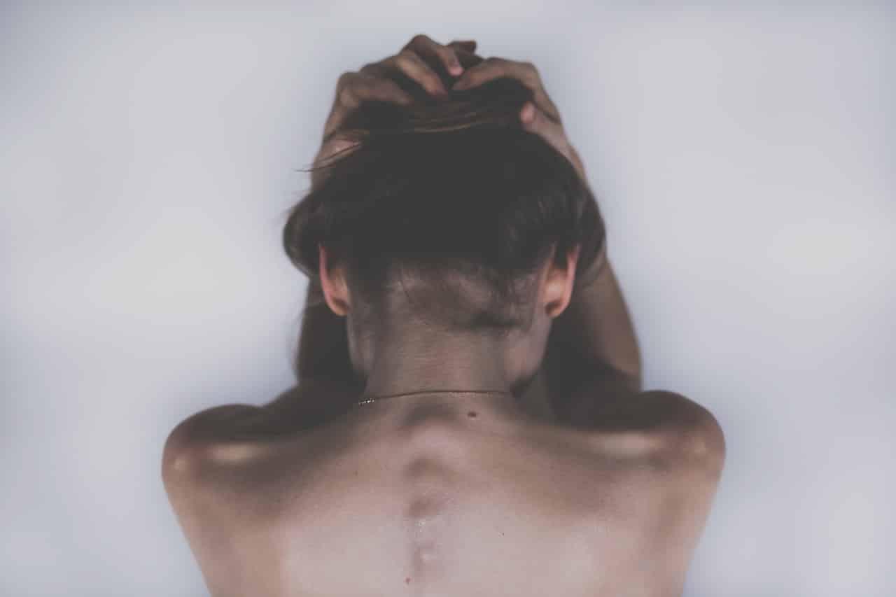 Une femme en plein crise de dépression