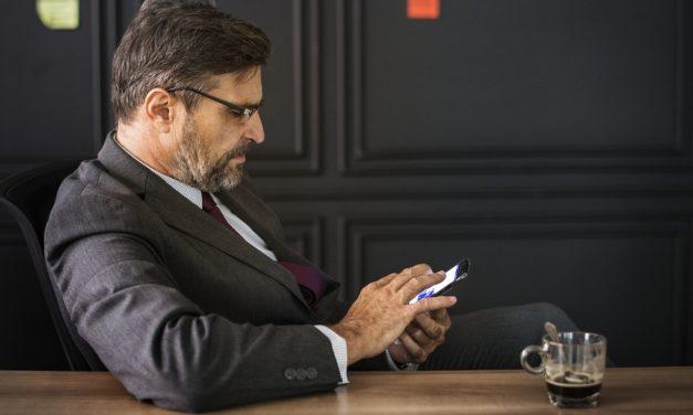 La liste des smartphones qui émettent le plus et le moins de radiations