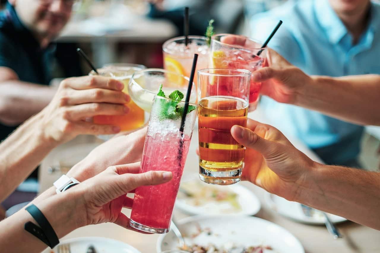 Consommer trop d'alcool est dangereux